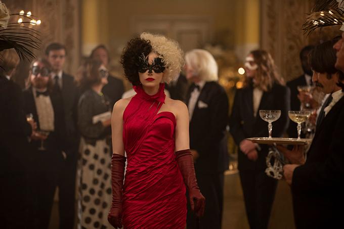 Trang phục ấn tượng trong phim Cruella - 5