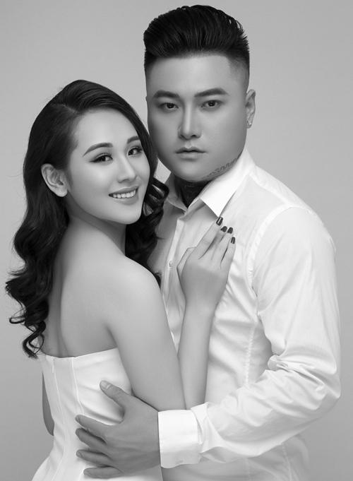 Ca sĩ Vũ Duy Khánh và bạn gái yêu nhau được hai tháng.