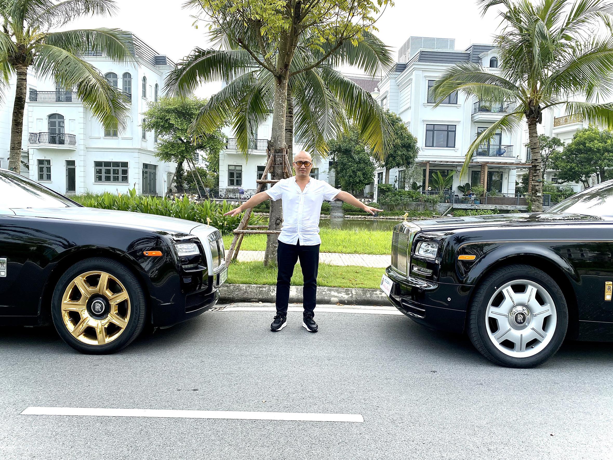 Việc kinh doanh siêu xe còn giúp anh chia sẻ đam mê với những người khách hàng, bạn bè trên toàn quốc.