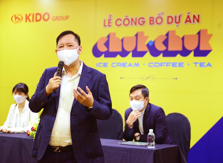 Ông Trần Lệ Nguyên - CEO của KIDO đang giới thiệu về thương hiệu Chuk Chuk.