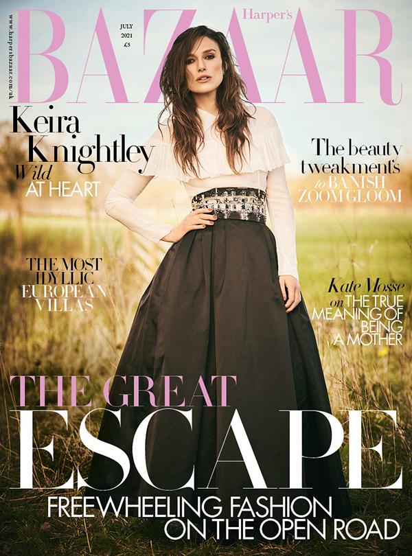 Keira Knightley trên bìa Harpers Bazaar Anh quốc số tháng 7/2021.