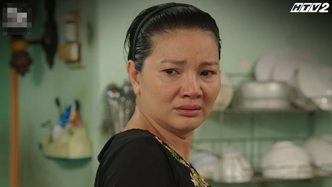 Kiều Trinh trong vai người mẹ của phim Cây táo nở hoa.