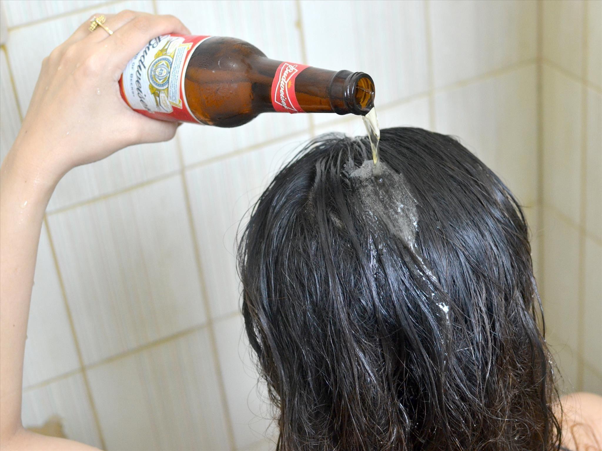 Bia giúp dưỡng ẩm và kích thích mọc tóc.
