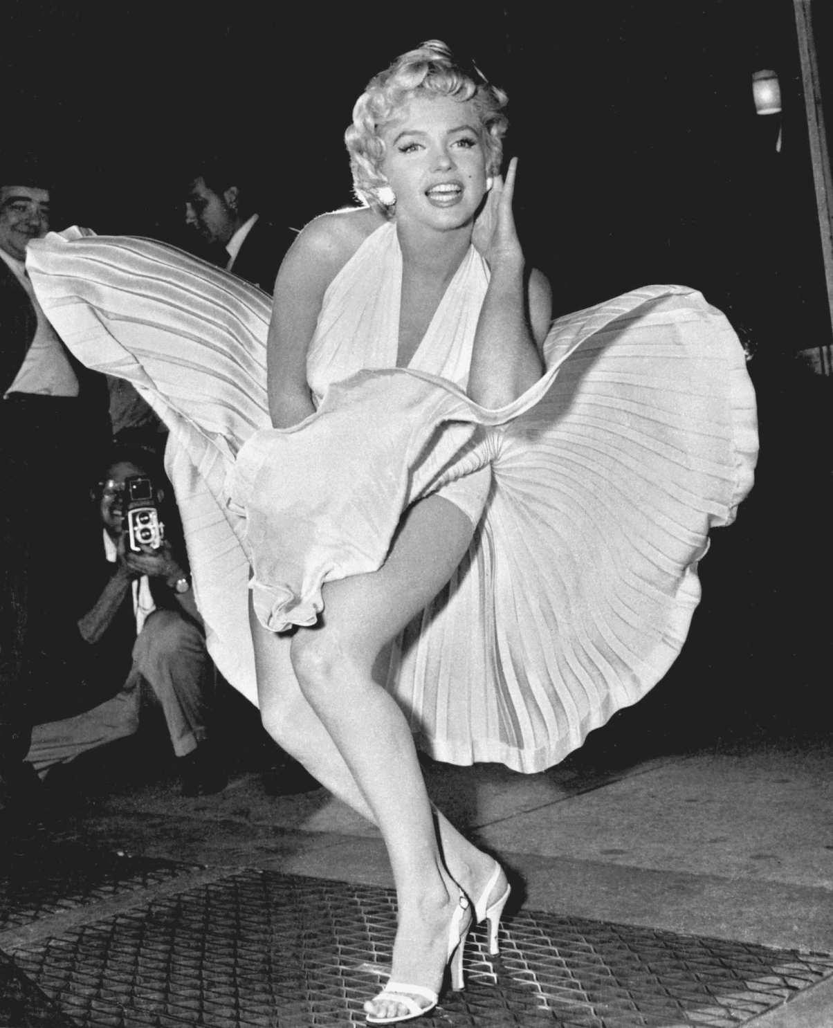 Blonde tác phẩm tái hiện lại cuộc đời của Marilyn Monroe