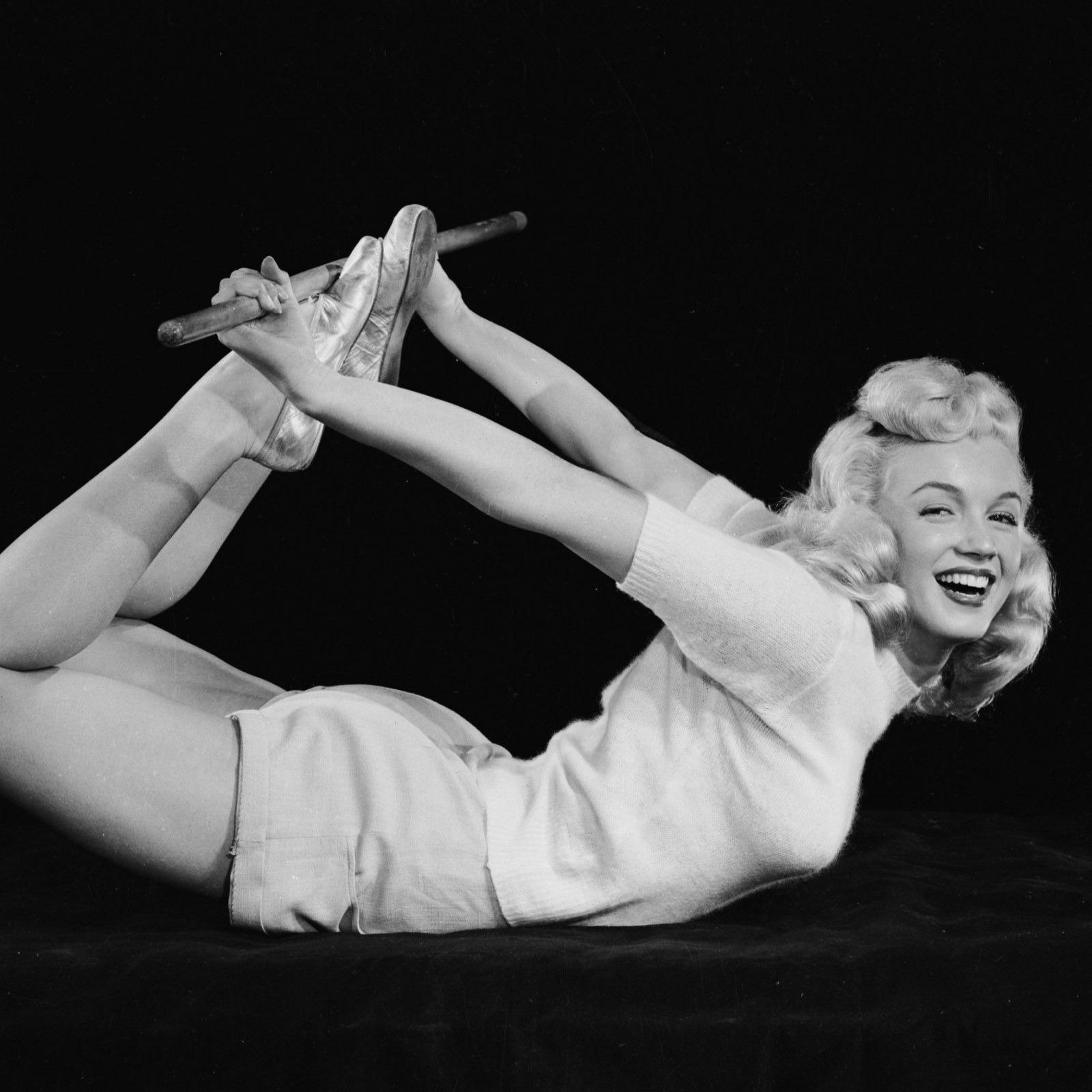 Phong cách thời trang và style làm đẹp của Marilyn Monroe đến nay vẫn là nguồn cảm hứng của phái đẹp trên toàn thế giới bao gồm cả các minh tinh thời nay.