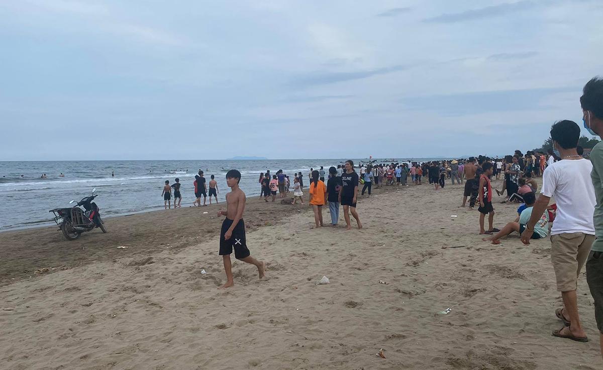 Bãi biển nơi các bé gặp nạn.