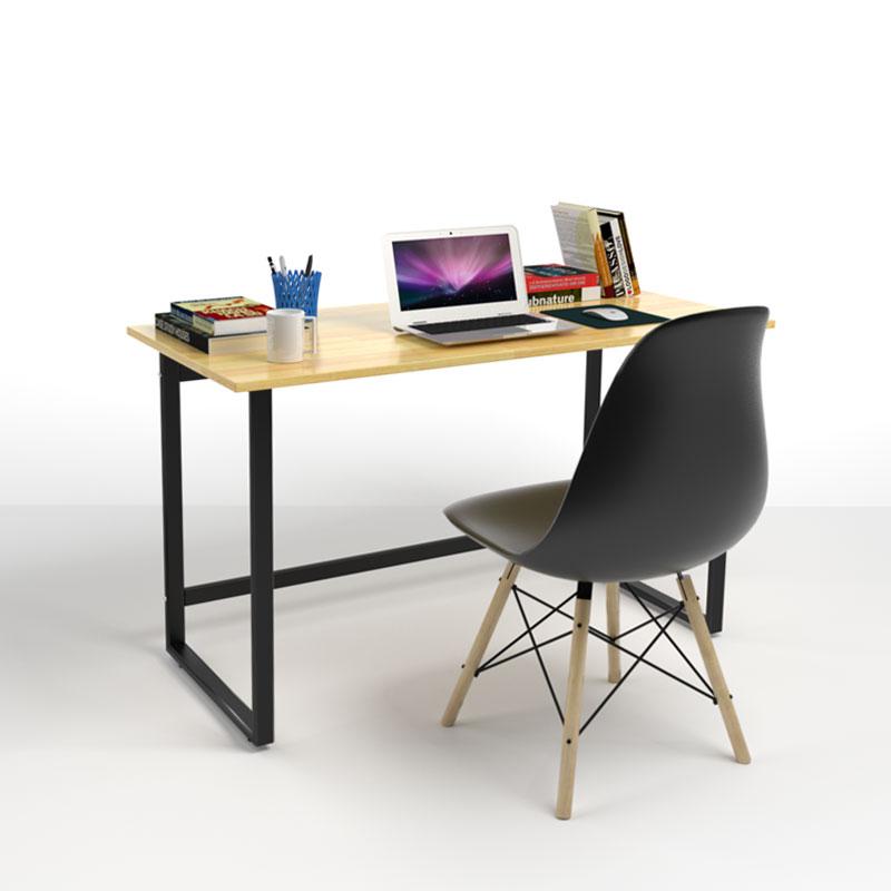 Bộ bàn Rec-F đen 1m2 và ghế Eames đen - IBIE - Nâu1.254.570đ (- 40 %)  Kích thước :  120x60x75cm  Mặt bàn gỗ tự nhiên, tẩm sấy và sơn PU 2 mặt kỹ càng. - Khung bàn sơn tĩnh điện cao cấp, bền đẹp. - Thanh ngang có tác dụng gác chân, chống mỏi. - Thiết kế thanh lịch, kết cấu chắc chắn, an toàn.  Bộ bàn Rec-F đen 1m2 và ghế Eames đen Bàn Rec-F chân đen có mặt bàn được làm từ gỗ cao su xuất khẩu, dày 18mm, tẩm sấy bằng công nghệ hiện đại chống cong vênh mối mọt. Các mép bàn được bo cạnh mềm mại, giảm nguy cơ chấn thương. Bề mặt bàn được sơn PU và phủ 2K kỹ càng với màu nâu vàng tươi đẹp, có tác dụng chống thấm nước và chống trầy hiệu quả.  Mặt bàn hình chữ nhật có kích thước tiêu chuẩn 120 x 60 cm rộng rãi (có thể điều chỉnh theo yêu cầu), để được nhiều đồ dụng học tập và làm việc như máy vi tính, sách báo, lọ hoa... Trên mặt bàn được đục sẵn lỗ thông dây điện để bạn có thể nối dây cắm laptop, điện thoại, máy móc... với ổ cắm điện rất gọn gàng, tiện lợi.