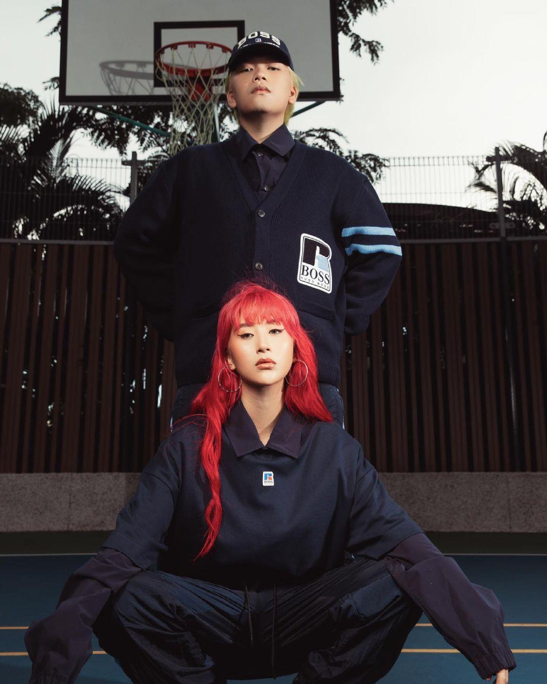 Trong khi stylist Nam Phùng diện sắc áo cardigan giống Monsimi và Phạm Bảo Luận, fashionista Quỳnh Anh Shyn lăng xê polo và quần thể thao BOSS x Russell Athletic.