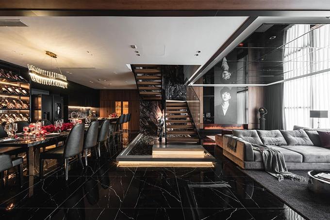 Căn penthouse giữa lòng Hà Nội có tổng diện tích 220 m2 là căn hộ thứ 3 của Vũ Hải Nam (26 tuổi, kinh doanh đồ hiệu, thời trang nữ).