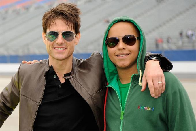 Tom Cruise và Connor năm 2009.