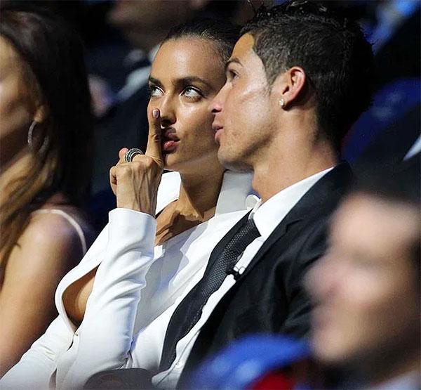 C. Ronaldo và Georgina Rodriguez chưa từng chia sẻ về lý do tình yêu tan với năm 2015. Ảnh: AFP.