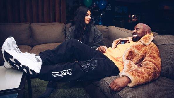 Kim và Kanye từng rất hòa hợp và quấn quýt bên nhau trong những năm đầu hôn nhân.