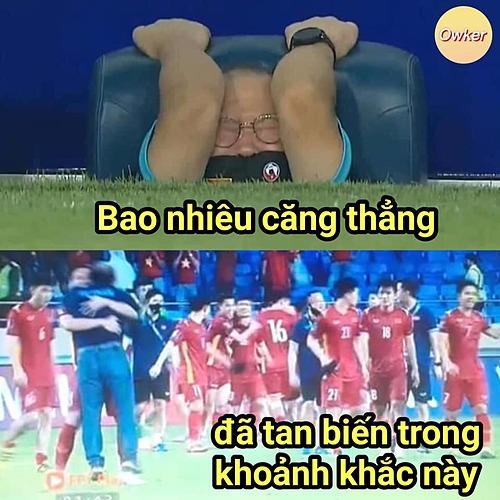 Ở lần chạm trán Malysia, chiến thắng không đến với tuyển Việt Nam theo cách dễ dàng. Sau màn bị gỡ hòa 1-1, pha ghi bàn thứ hai của Quế Ngọc Hải đã khiến HLV Park Hang-seo thở phào nhẹ nhõm.