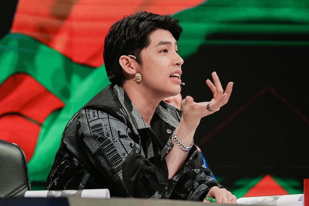 Noo Phước Thịnh nổi giận khi nghe đội Phạm Đình Thái Ngân, STE Dante Thông giãi bày sau màn thi vũ đạo chưa tốt.
