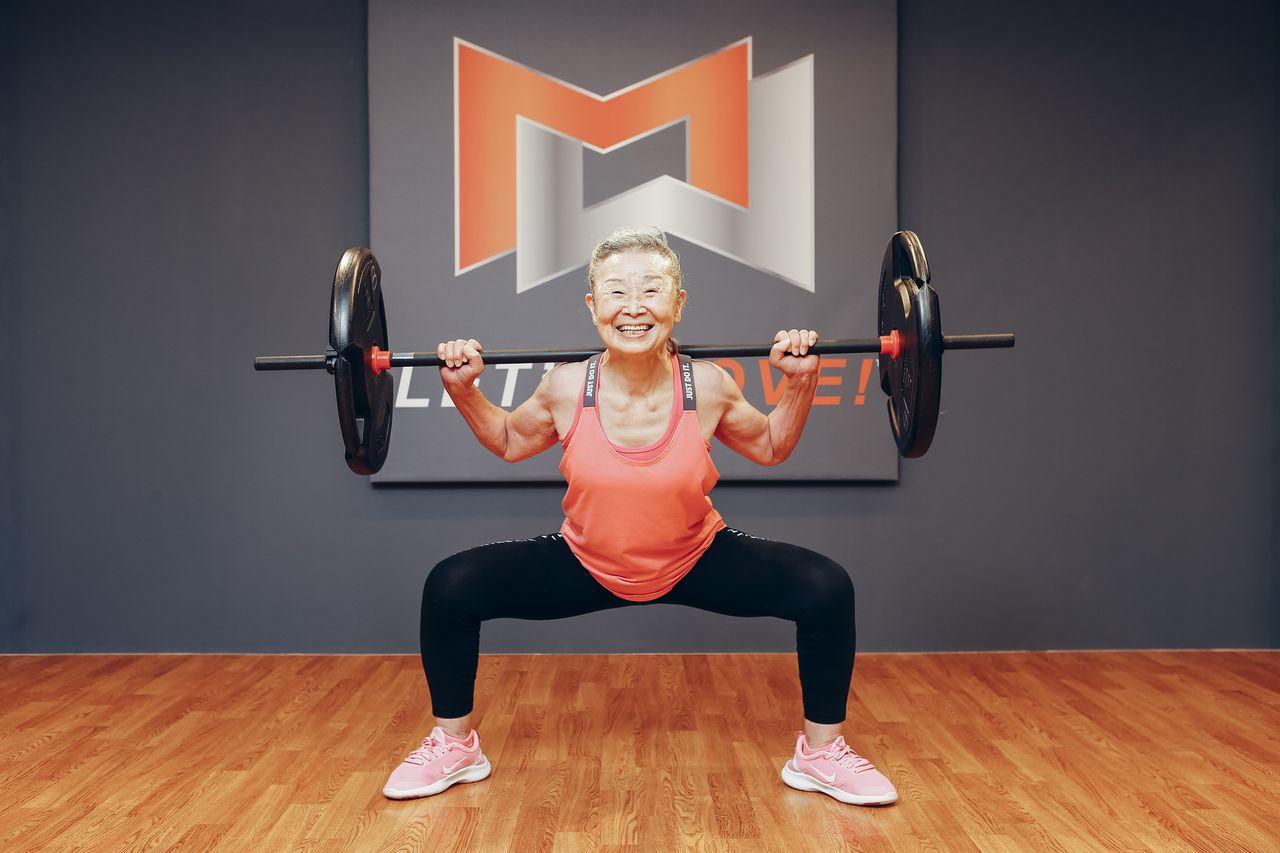 Cụ bà Mika Takishima - huấn luyện viên thể hình lớn tuổi nhất tại Nhật Bản.