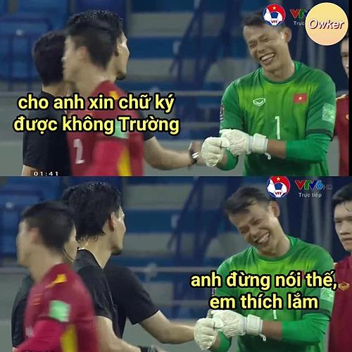 Với phong độ này, Tấn Trường giúp người hâm mộ tạm quên hình bóng thủ môn đi Đặng Văn Lâm.