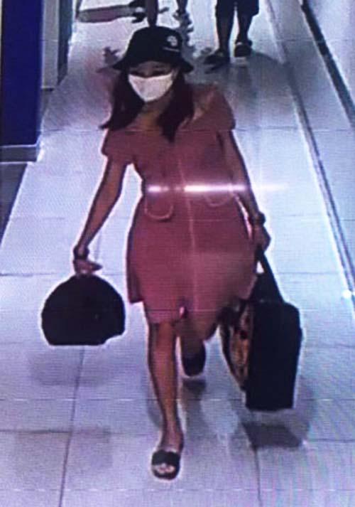 Nhân dạng nghi can cướp ngân hàng ghi lại trong siêu thị. Ảnh: Camera an ninh.