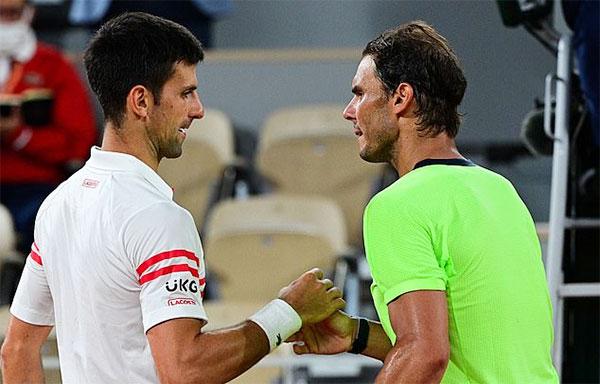 Djokovic biến Nadal thành cựu vương Roland Garros sau cuộc so tài đỉnh cao đêm 11/6. Ảnh: AFP.