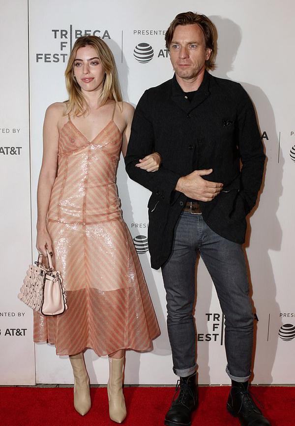 Clara và bố tại liên hoan phim Tribeca năm 2018.