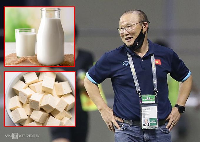 HLV Park Hang-seo dẫn dắt đội tuyển Việt Nam từ cuối năm 2017. Một trong những điều làm nên thành công của ông là cải thiện đáng kể thể lực của các cầu thủ. Trong một bài phỏng vấn trước đây, ngài Park nhiệm màu từng tiết lộ ông khuyên các cầu thủ nên uống sữa và ăn đậu phụ vì có nhiều protein.