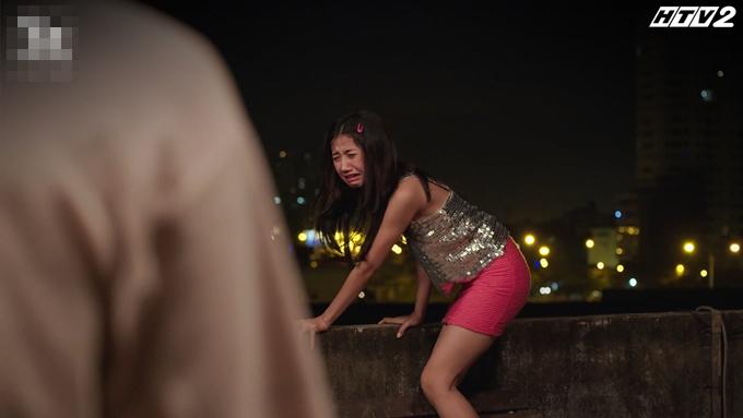 Trịnh Thảo diễn xuất tốt trong cảnh khóc lóc, dọa tự tử ở tập 19 Cây táo nở hoa.