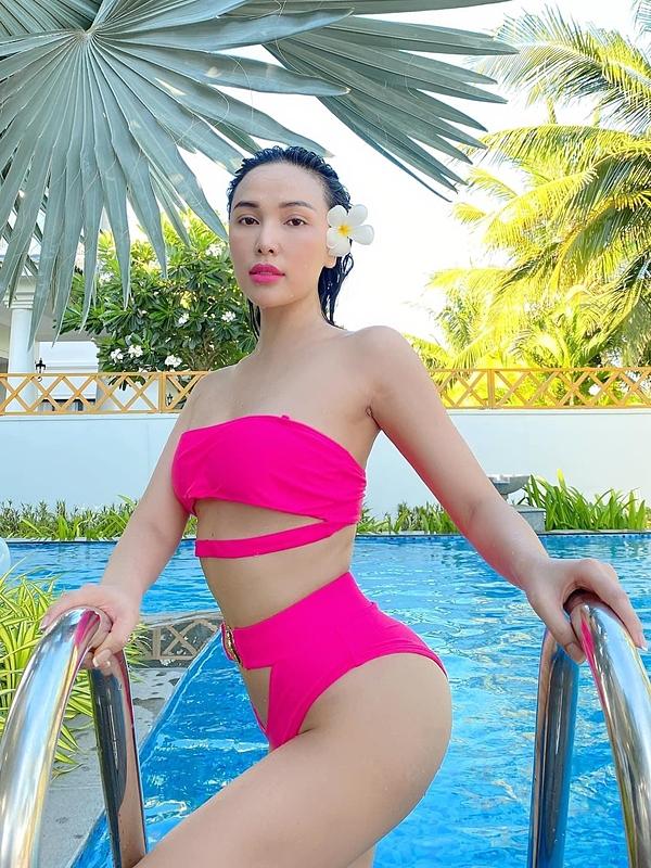Vóc dáng bạn gái sexy của Tiến Linh - 8
