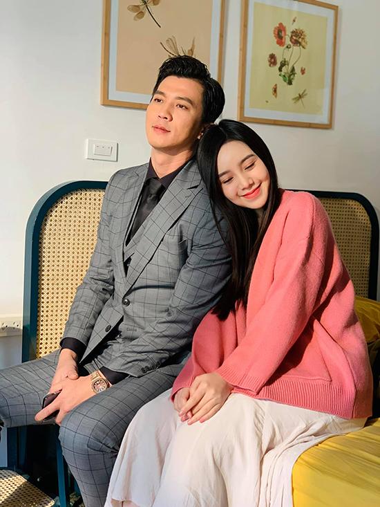 Hà Việt Dũng đóng vai sở khanh, lừa tình Quỳnh Kool trong phim truyền hình Hãy nói lời yêu.