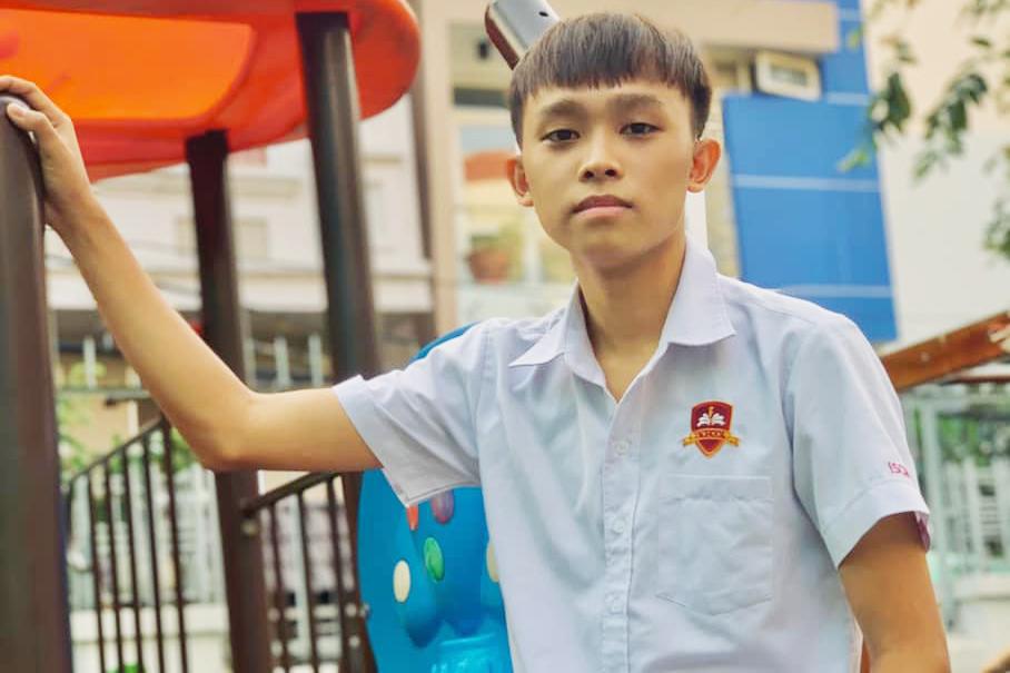 Hồ Văn Cường - quán quân Vietnam Idol Kids 2016 - có nguyện vọng theo đuổi ngành marketing. Cậu theo học cấp ba tại trường iSchool Nam Sài Gòn, có học lực giỏi và sự chăm chỉ không ngừng nghỉ.