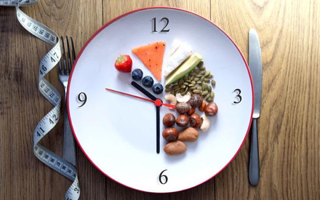 Phương pháp nhịn ăn gián đoạn rất hữu ích cho người ngoài tuổi 30.