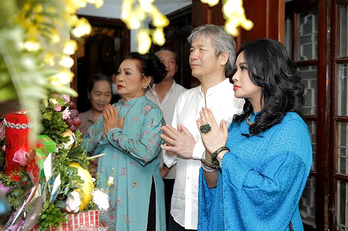 Thanh Lam và bác sĩ Bùi Tiến Hùng trong lễ dạm ngõ.