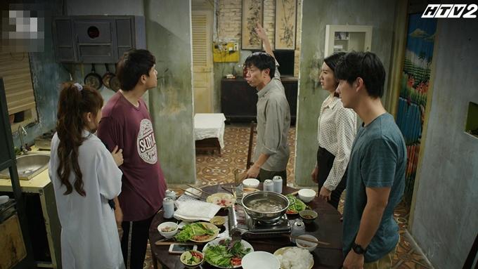 Năm diễn viên diễn cảm xúc, ăn ý trong cảnh quay kỷ lục.