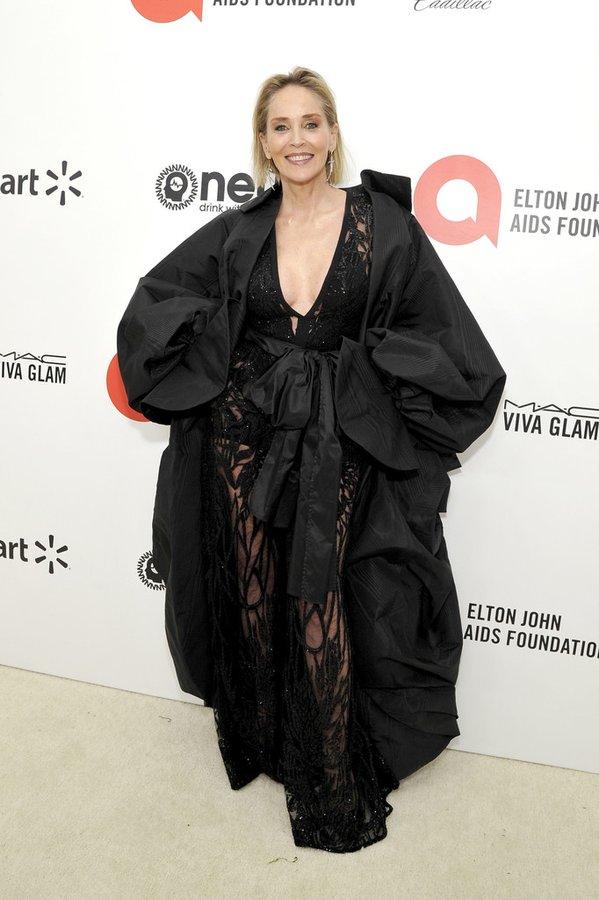 Sharon Stone tham dự gala từ thiện của Elton John tháng 2/2020.