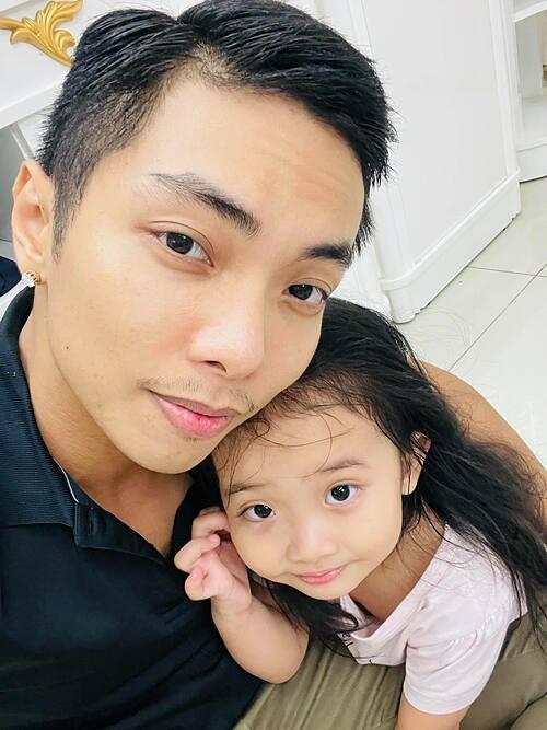Phan Hiển gọi con gái là người tình kiếp trước của mình.