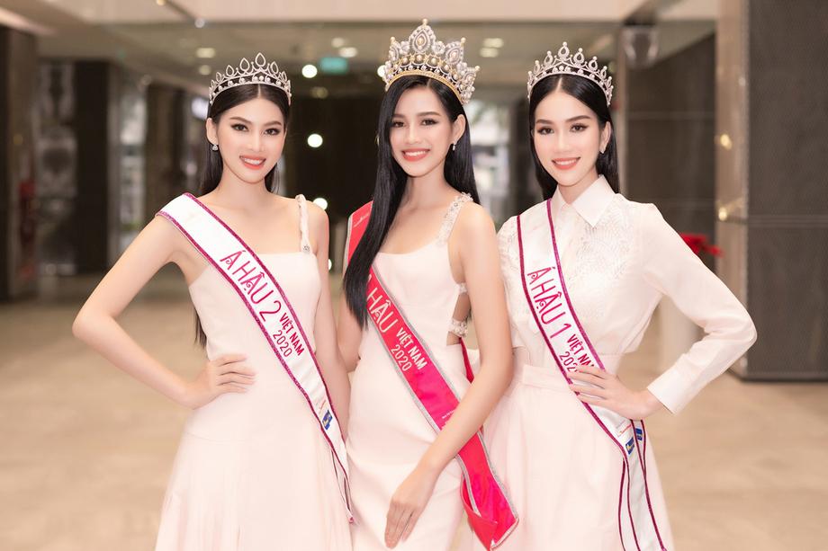Top 3 Hoa hậu Việt Nam 2020 gọi tên: Ngọc Thảo, Đỗ Thị Hà, Phương Anh (từ trái qua).