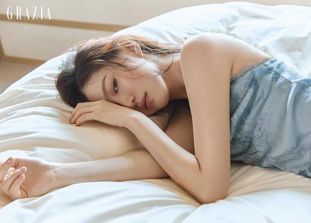 Vẻ đẹp gợi cảm của Han So Hee