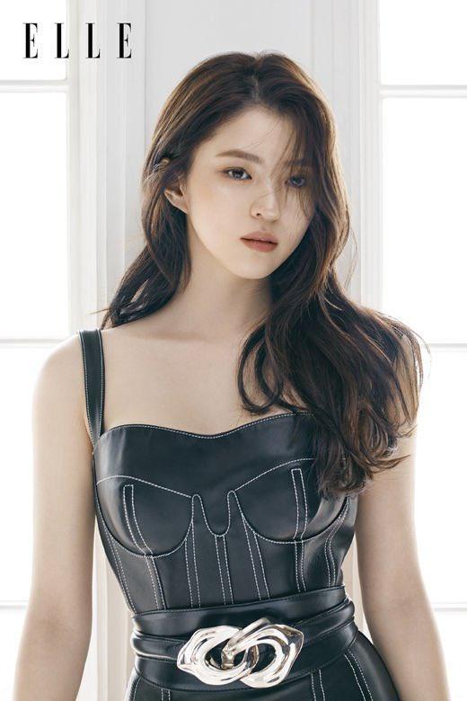 Vẻ đẹp gợi cảm của Han So Hee  - 9