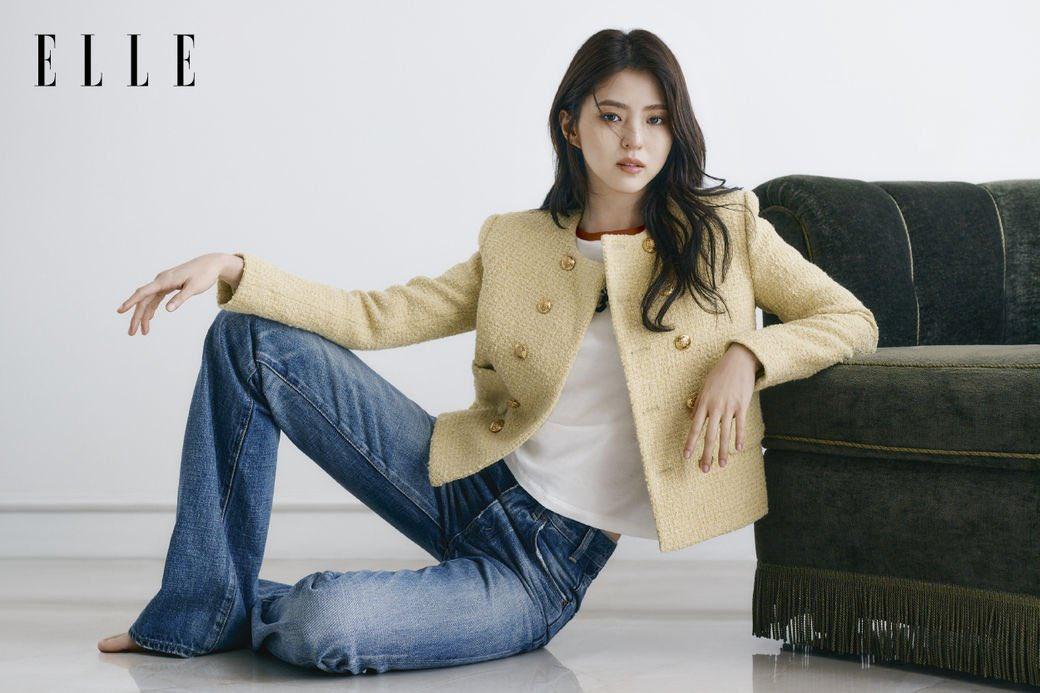 Vẻ đẹp gợi cảm của Han So Hee  - 5