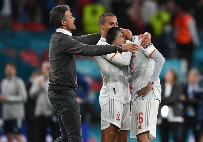Và nỗi buồn của Tây Ban Nha. Ảnh: UEFA.