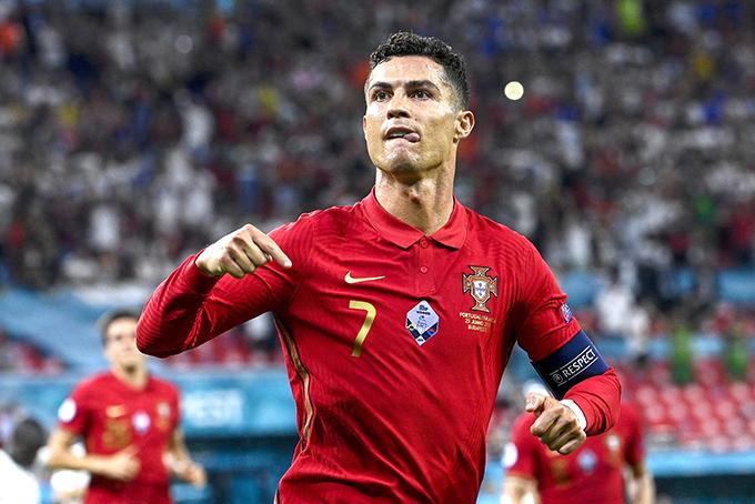 C. Ronaldo ghi 5 bàn tại Euro 2020, trong đó có ba bàn đến từ penalty. Ảnh: AFP.