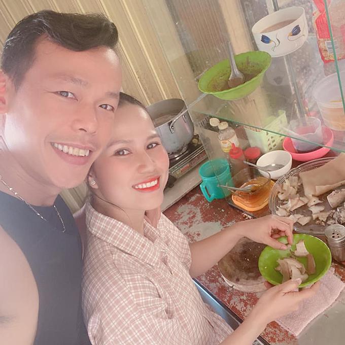 Tấn Trường được vợ nấu cho nhiều món ngon trong thời gian ở nhà. Ảnh: TT.