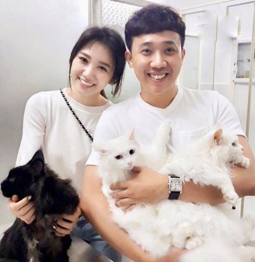 Vợ chồng Hari Won - Trấn Thành có tình yêu bất diệt với chó mèo.