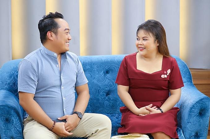 Ngọc Hoa - Hoàng Thắng trao nhau những cái nhìn tình tứ khi tham gia talkshow Mảnh Ghép Hoàn Hảo được phát sóng lúc 19h35 hôm nay (16/7) trên VTV9.