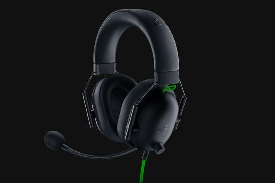 Tai nghe Razer BlackShark V2 X-Wired RZ04-03240100-R3M1 giảm 1.352.000đ (- 20 %)ược trang bị công nghệ per TriForce 50mm cho phép màng loa tách tần số âm thanh tốt hơn và hỗ trợ điều chỉnh từng dải âm riêng lẻ.      Siêu nhẹ, có phần đệm tai mang lại sự thoải mái lý tưởng và cách âm tốt      Tích hợp tính năng âm thanh vòm 7.1, loại bỏ tiếng ồn không cần thiết      Micrô linh hoạt và có thể uốn cong sử dụng mô hình cardioid ghi lại âm thanh từ khu vực xung quanh