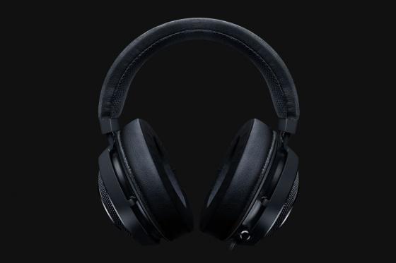 Tai nghe Razer Kraken-Multi Platform-Wired RZ04-02830100-R3M1 giảm 2.159.200đ (- 20 %)nhiều tính năng nổi bật cùng sự nâng cấp mới, đem lại cho người dùng sự trải nghiệm tối đa.      Trang bị âm thanh vòm 7.1 cho âm thanh sống động (Chỉ thích hợp với PC)      Đệm tai nghe làm mát bằng Gel, vừa êm vừa nhẹ khi mang      Chất lượng Micro được cải tiến      Kết nối và tương thích đa nền tảng