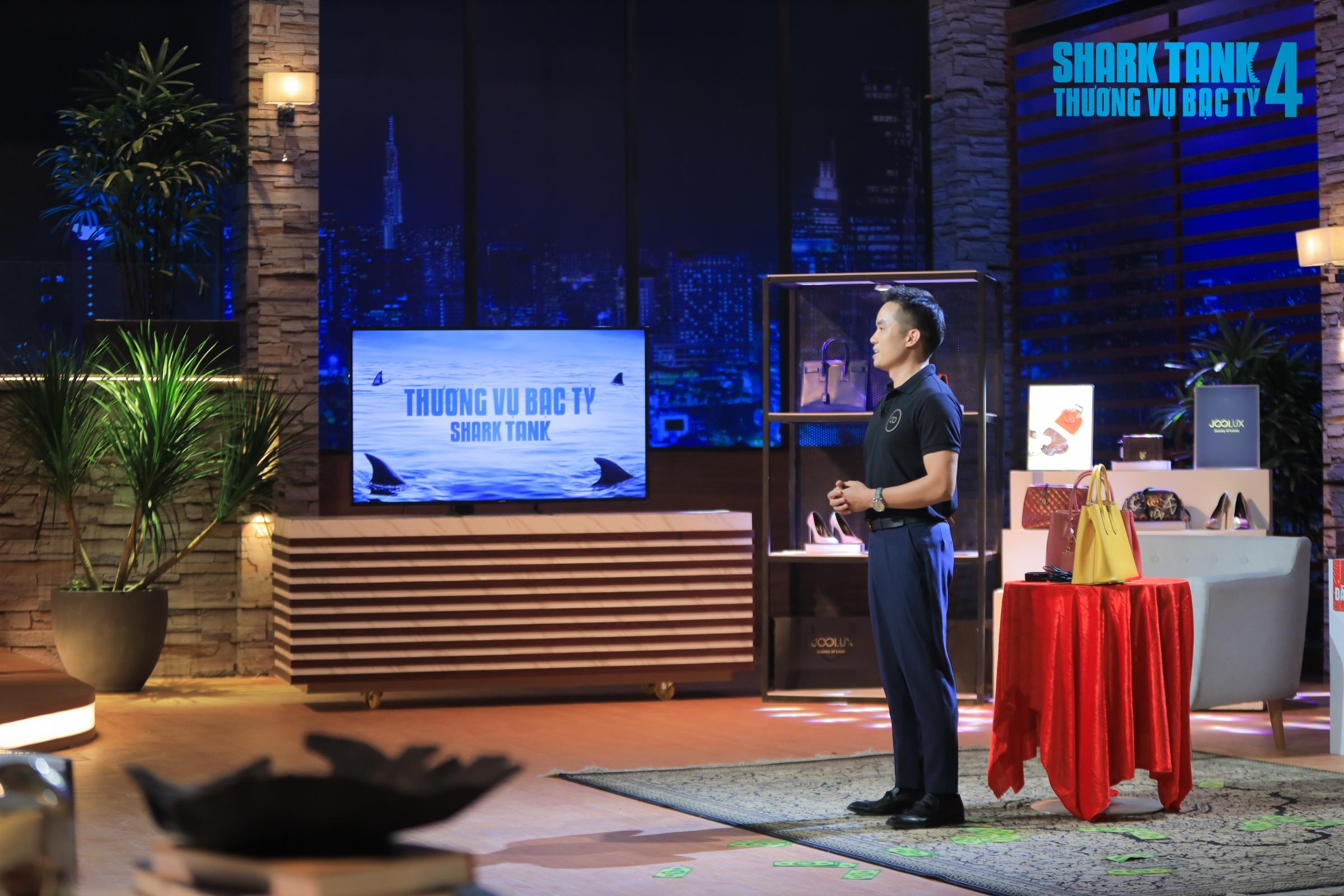 CEO Tạ Xuân Hiển lên Shark Tank gọi vốn, thu hút các nhà đầu tư, nhất là công nghệ kiểm định hàng hiệu và mô hình kinh doanh mới mẻ.