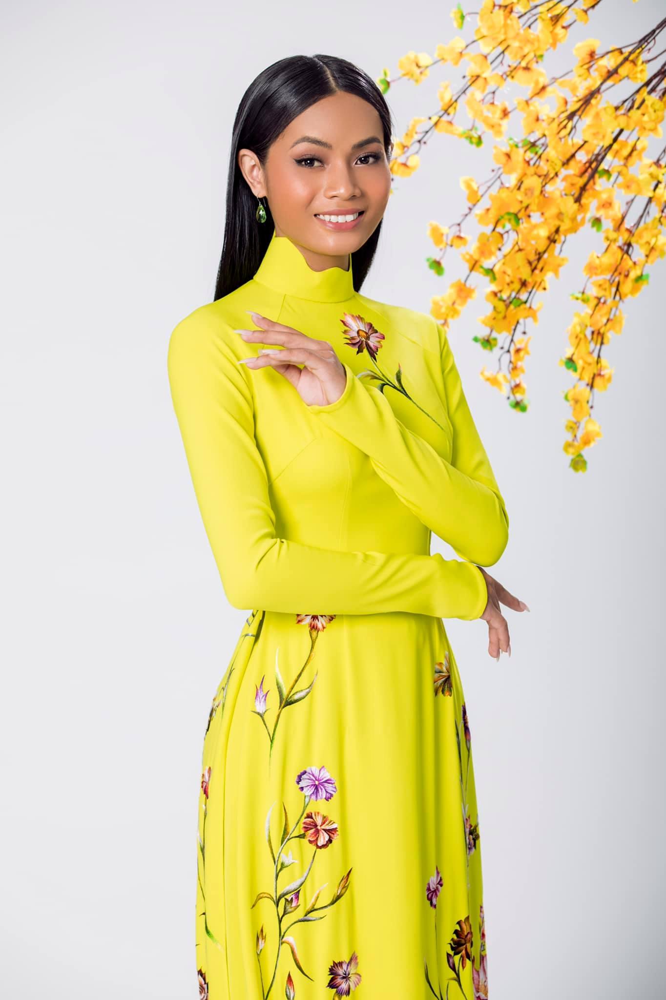 Người đẹp Châu Kim Sang.