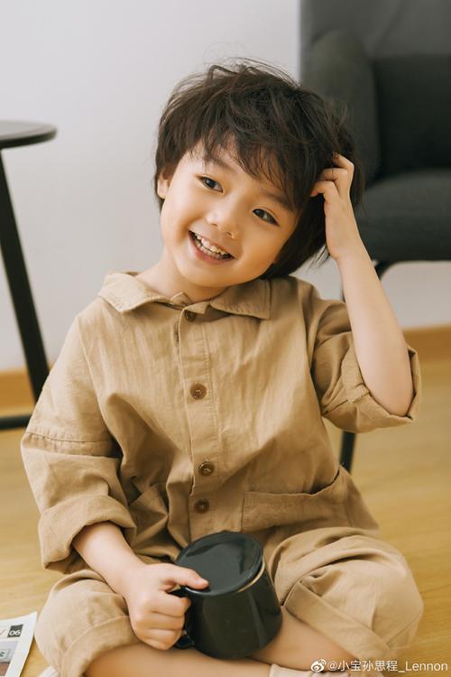Nhân vật Tiểu Bảo do diễn viên nhí Tôn Tư Trình đảm nhận thu hút được sự quan tâm và yêu mến của khán giả Việt.