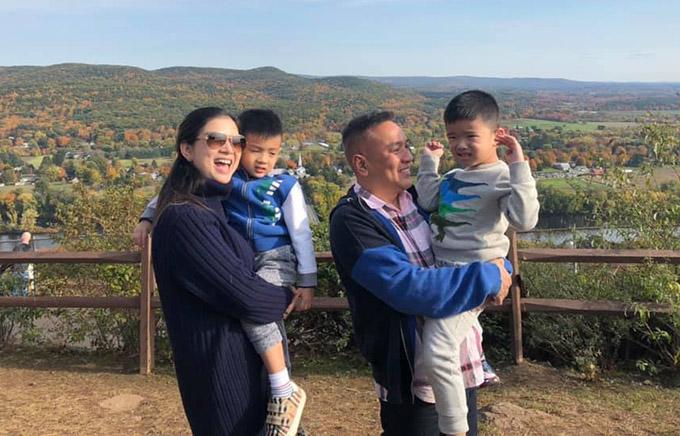 Chồng Phạm Thanh Thảo chăm đưa vợ con đi du lịch.