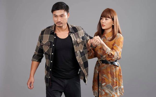 Tạo hình của Duy Hưng - Thanh Hương trong phim Mùa hoa tìm lại.