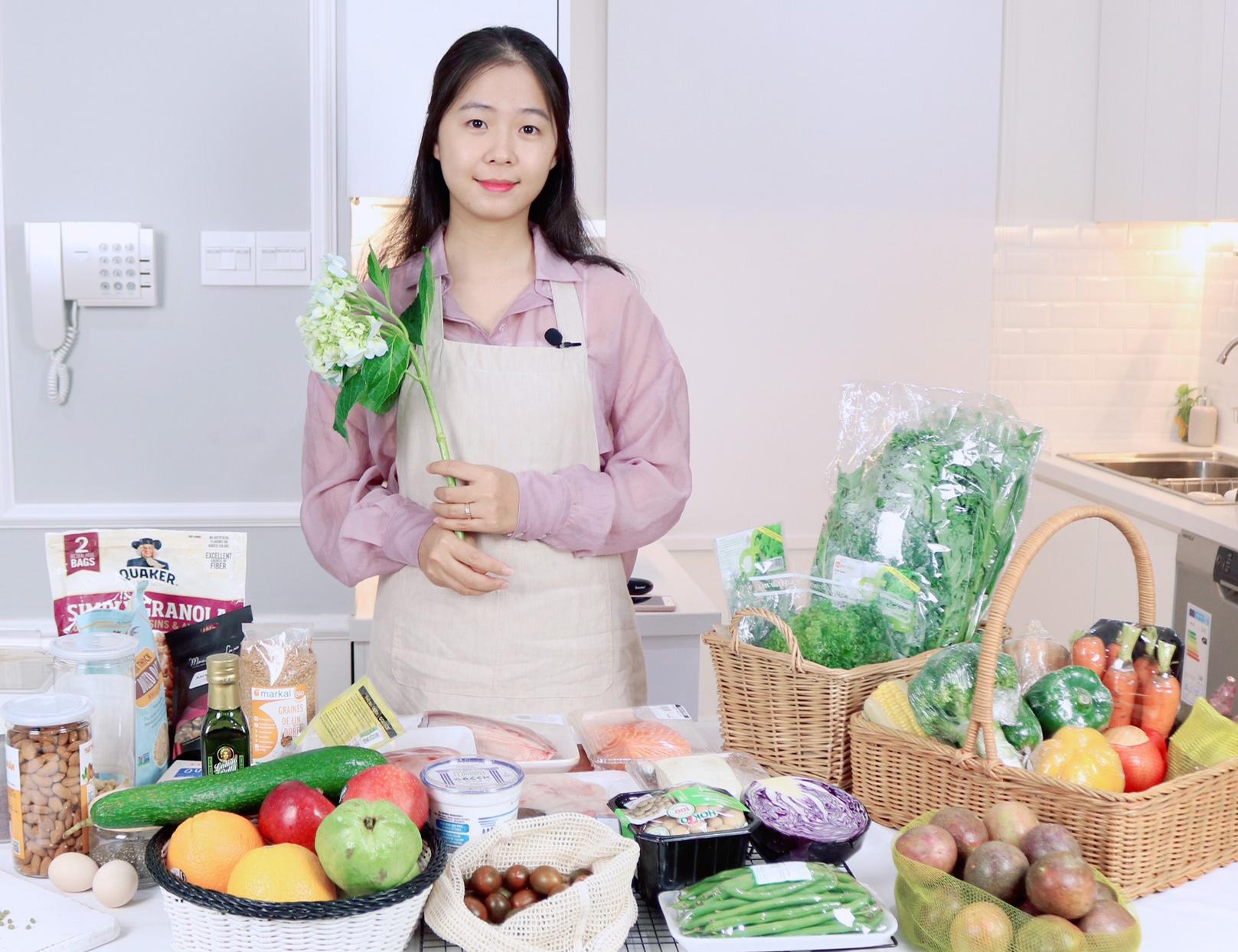 Nguyễn Thao sở hữu kênh Youtube riêng chuyên về đồ ăn lành mạnh.